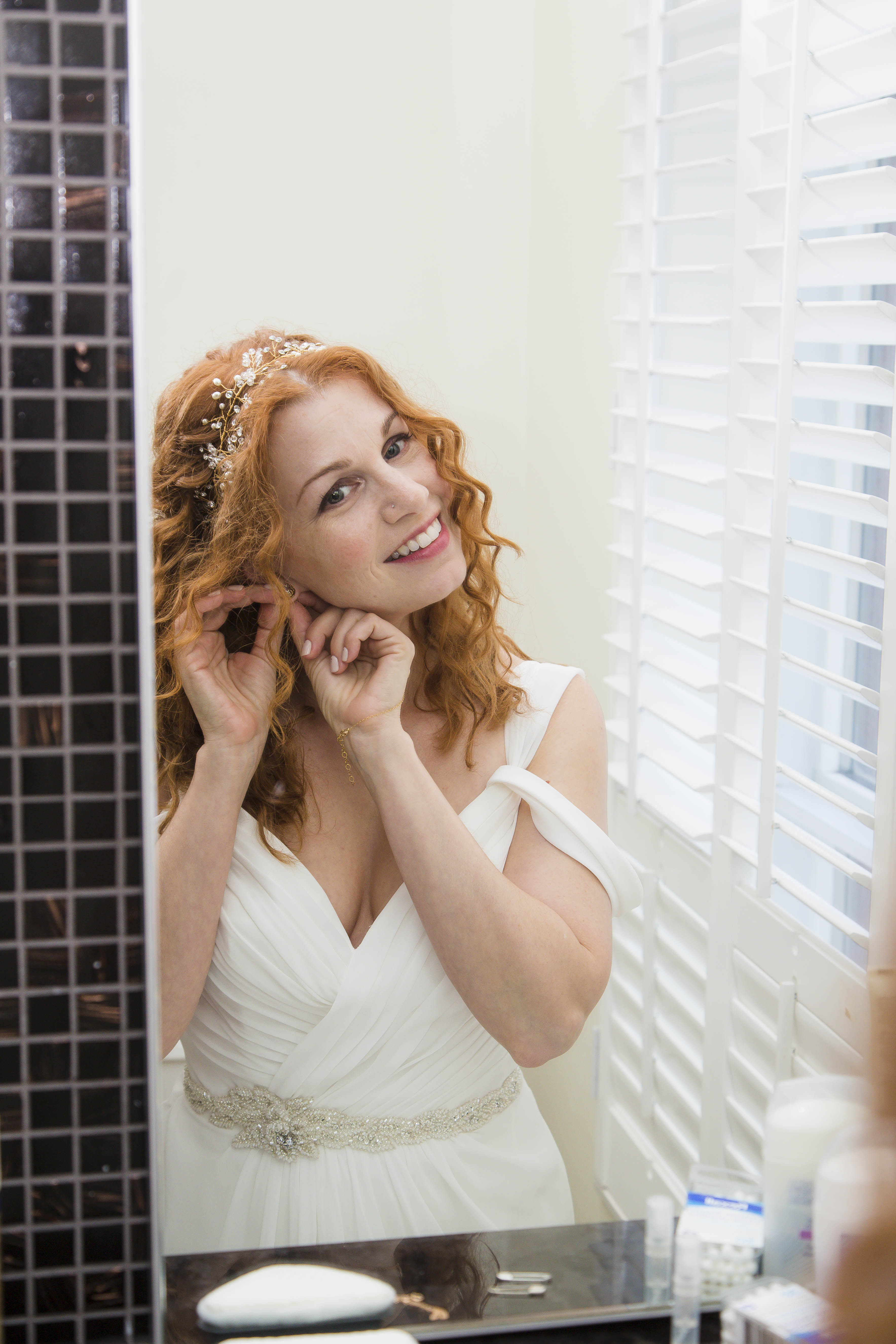 Bride Getting Ready – Offbeat Bride – St.Lawrence Market Wedding – Toronto Wedding Photographer