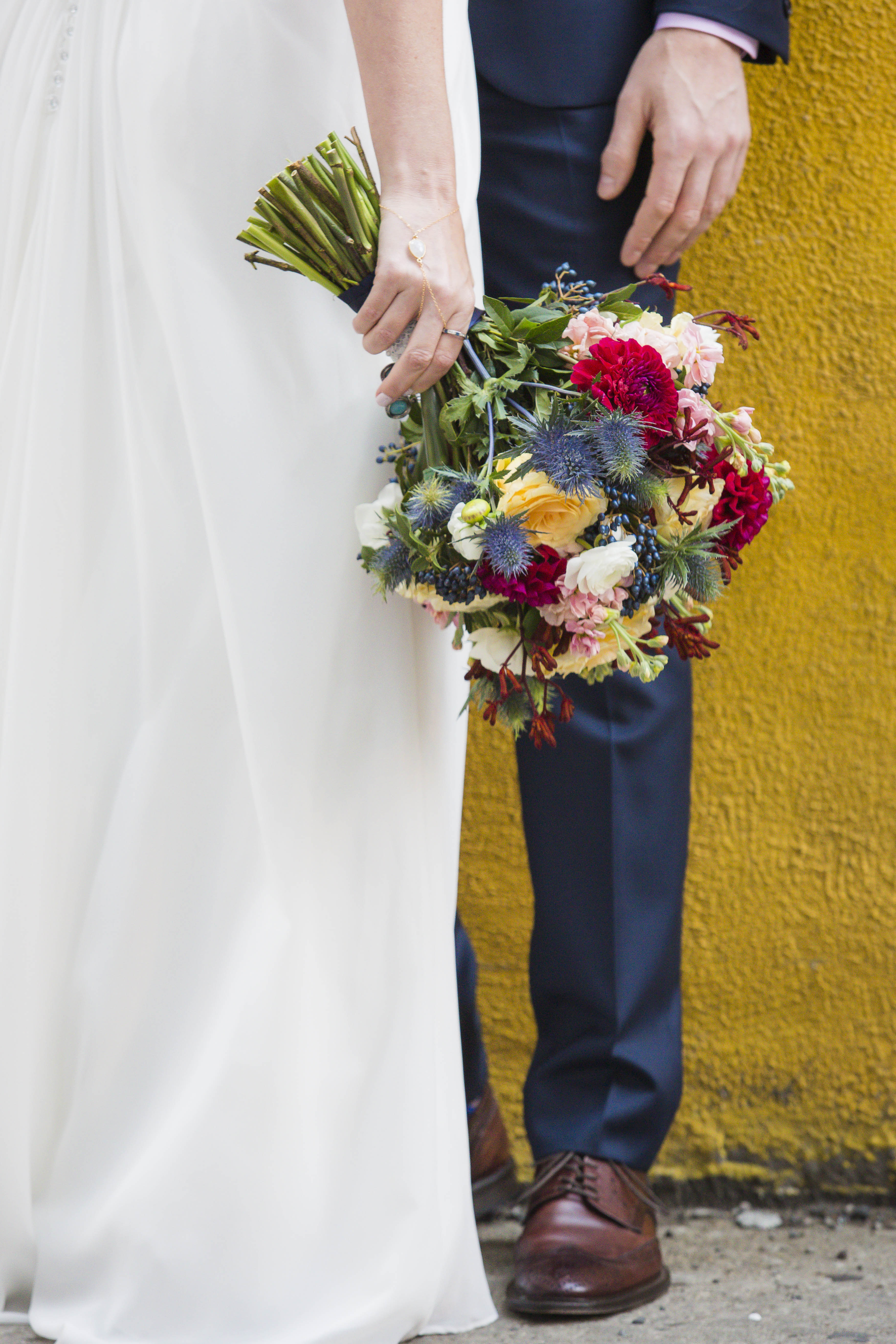 Bouquet – Fun – Yellow Wall – Offbeat Bride – St.Lawrence Market Wedding – Toronto Wedding Photographer